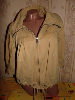 Фирменная ветровка-пиджак,отлично беременным,44-46