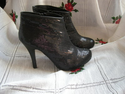 Супер ботинки fiore р.37-210грн.
