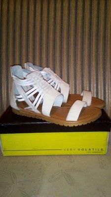 Кожаные сандалии VOLATILE 37 р-р., 24 см по стельке