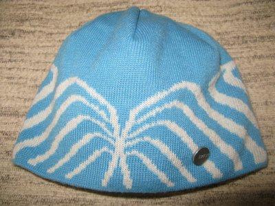 шапку Halty, р М, на голову 54см