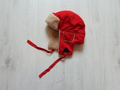 Яркая зимняя шапка для мальчика. Внутри мех. Верх плотная плащевка. Units. Размер 3-4 года